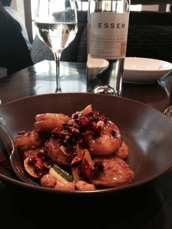 Super spicy shrimp and Esser Sauvignon Blanc in Shanghai